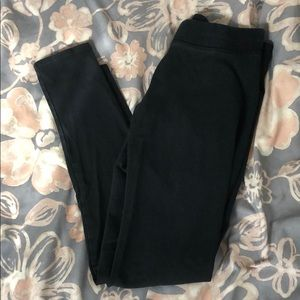 AE black leggings